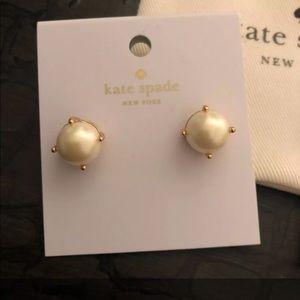 Kate Spade Cream Pearl Gumdrop Stud Earrings
